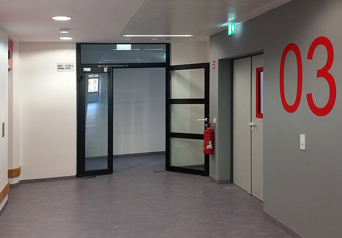 Finanzamt -  Berlin-Spandau - Bild 2